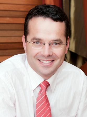 Dr. Harrie Swanepoel, Gynaecologist Specialist, Bundaberg